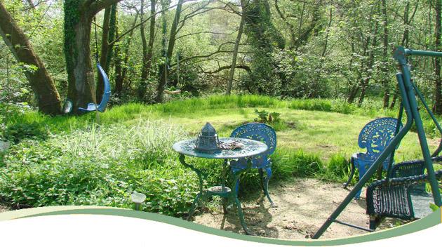 01_garden_table